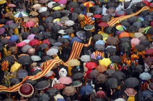 """La crisi del poder """"constituït"""" de l'Estat espanyol a la llum de la qüestió catalana (Cat/Cast)"""