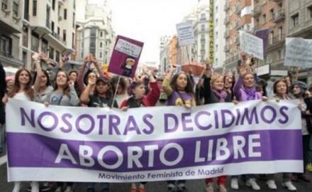 Contrarreforma del PP a ley de aborto: menores necesitarán permiso de sus padres