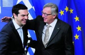 Tsipras capitula ante la Troika y se abre una crisis en Syriza