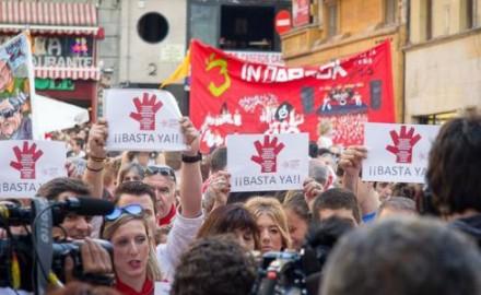 San Fermín y el gran esfuerzo de la prensa e instituciones para legitimar la violencia de género