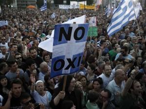 """Desde Atenas: """"Las clases dominantes seguirán atacando al pueblo"""""""