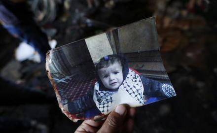 Un bebé palestino muere asesinado en ataque de colonos israelíes