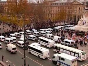 Reprimen en Francia movilización contra la Cumbre del Clima